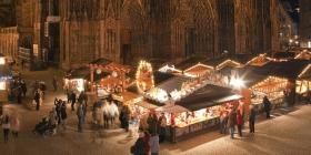 Marché de Noël de Strasbourg place de la Cathédrale par Christophe Hamm