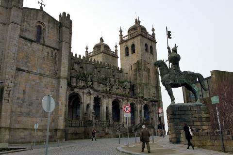La cathédrale forteresse de Porto
