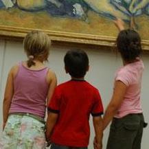 Enfants par Design in Situ pour le musée Granet