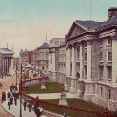 Trinity College par National Libray of Ireland on the Commons via Flickr
