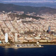 Vue de Barcelone par Sergi Larripa via Wikimedia Commons