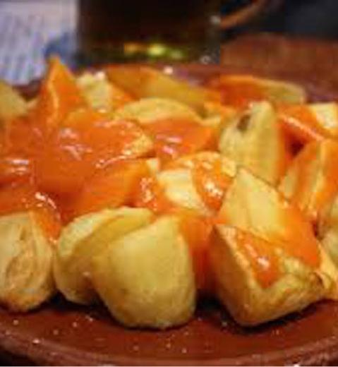 Patatas bravas par Tamorlan via Wikimedias Commons